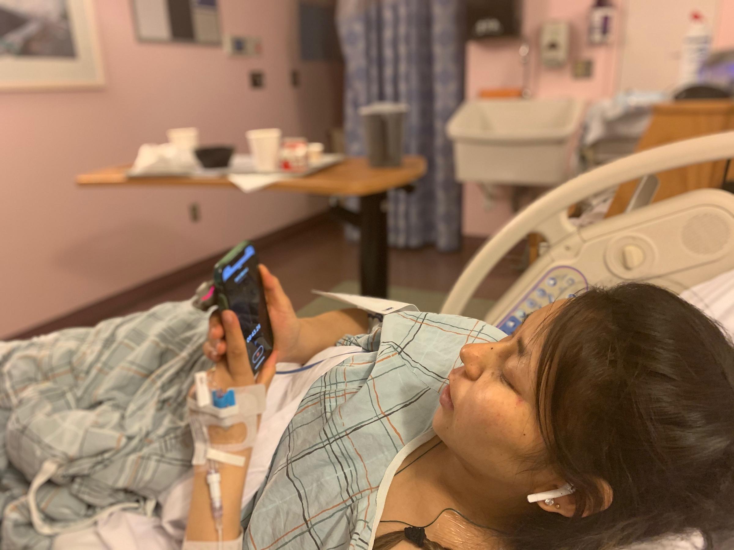https://mk0itemsssrcorgqb419.kinstacdn.com/wp-content/uploads/2021/06/Himalayan-hospital-patient.jpeg